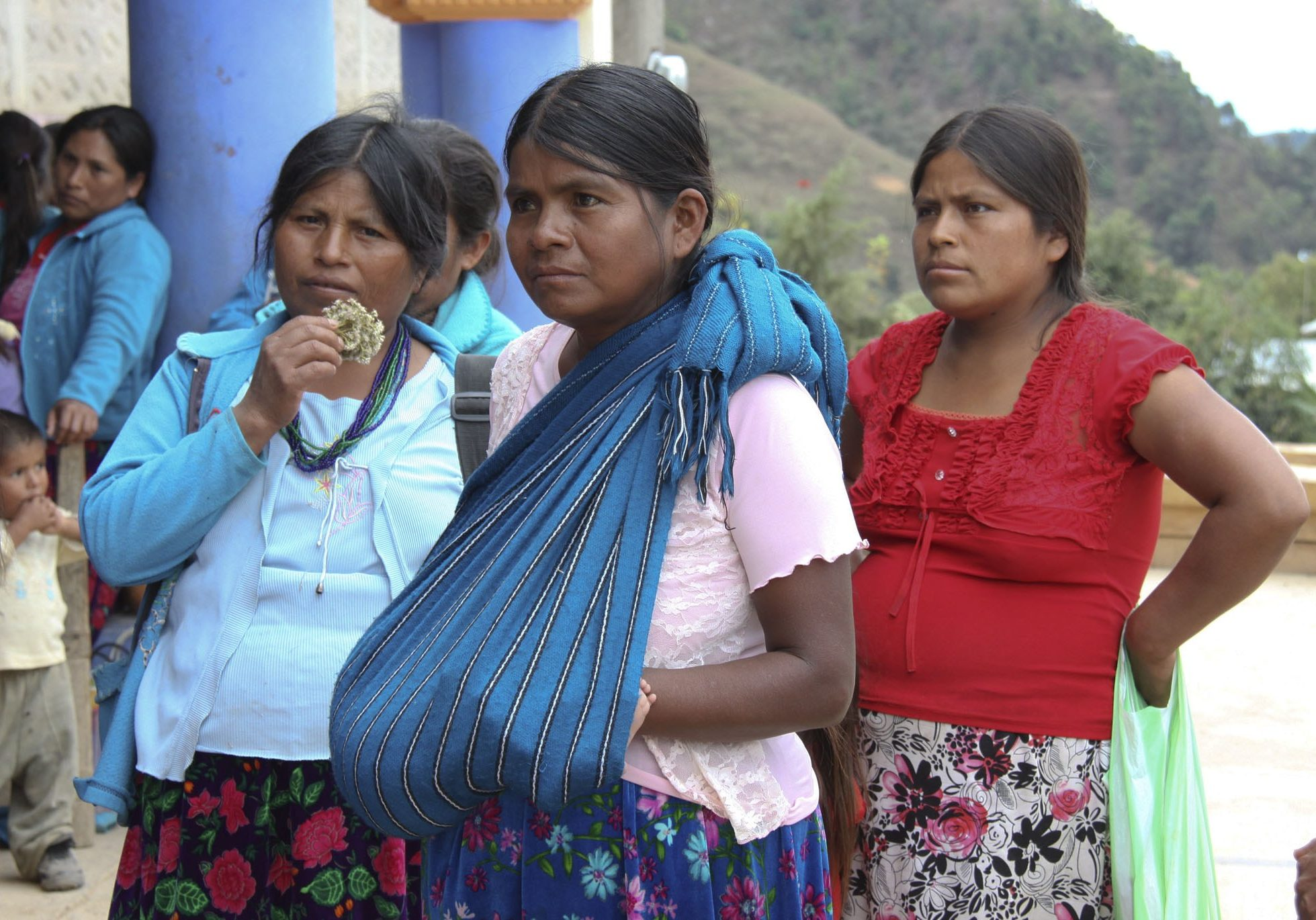 Women in Oaxaca, Mexico. Image source: ororadio.com.mx