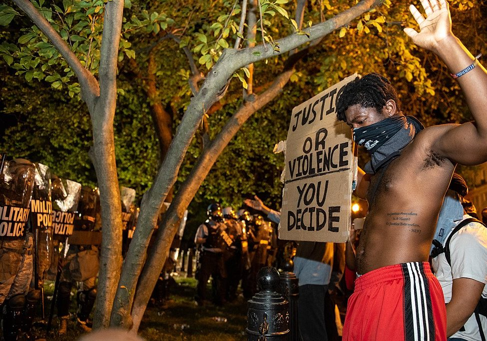 Protest of the killing of George Floyd in Lafayette Square Park, May 30, 2020. (Photo credit: Rosa Pineda/Wikimedia Commons)