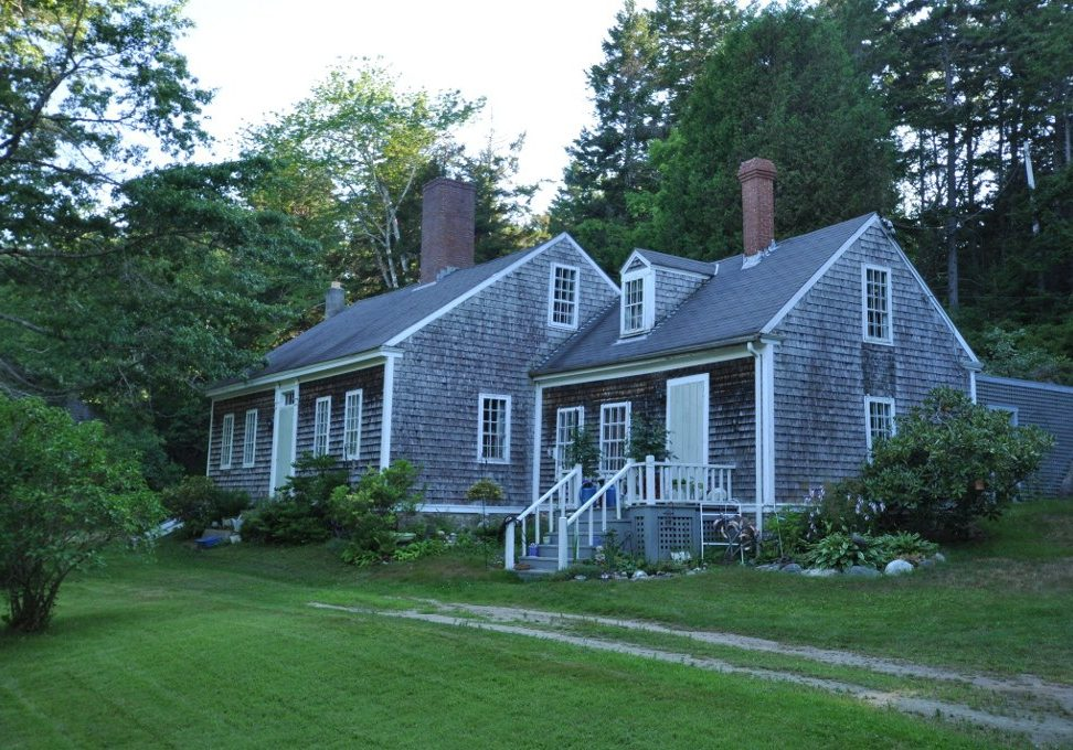 The Wallace-Haskell Homestead in Phippsburg, Maine, is listed in the National Register of Historic Places. (Photo credit: Magicpiano/Wikimedia Commons)