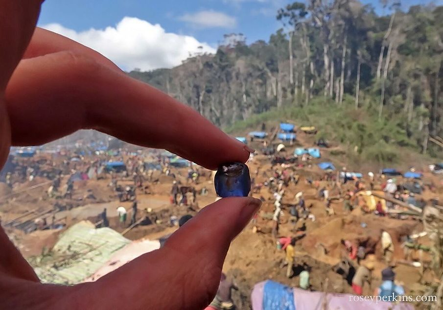 "In mid-October 2016 a sapphire rush developed east of Ambatondrazaka, Madagascar, in a ""theoretically protected,"" ecologically sensitive region. Photographer Rosey Perkins writes that many thousands of people ""walked 12 hours into the jungle"" to dig for sapphires. <a href=""https://roseyperkins.com/sapphire-rush-east-ambatondrazaka-oct-2016/"">Read the whole report and view more images on Perkins's blog.</a> Photo source: Rosey Perkins/Wikimedia Commons"