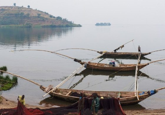 Fishing boats on Lake Kivu. (Source: Fred Inklaar/Flickr Creative Commons)